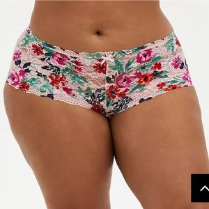 🆕🌸PINK FLORAL LACE CHEEKY PANTY🌸